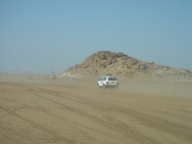United Nations vehicle traveling in Kassala, North Sudan, near the Eritrea Border. Photo: Rosio Godomar